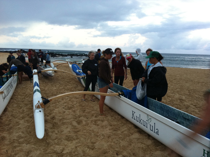 Kukuiula Klassic outrigger canoe prepping photo by Linda Sherman